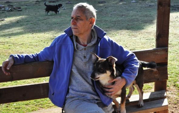 Άρης Μαραγκόπουλος: «Με έξι βιβλία προς την ελευθερία»