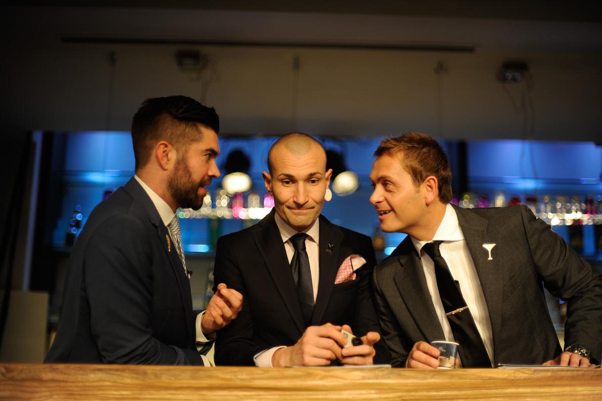 Κριτές του ελληνικού τελικού (από αριστερά): Barrie Wilson, Global Trade Ambassador των Reserve Brands της Diageo, Dennis Zoppi, Ιταλός World Class Bartender και δεύτερος στον κόσμο για το 2012 και David Rios, παγκόσμιος νικητής του World Class για το 2013