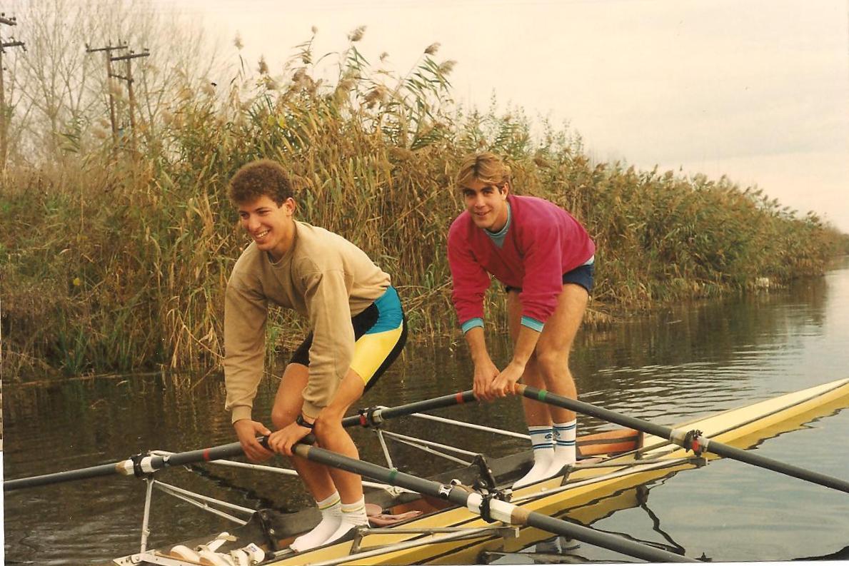 Διπλό σκιφ στον ποταμό Λουδία το 1991.