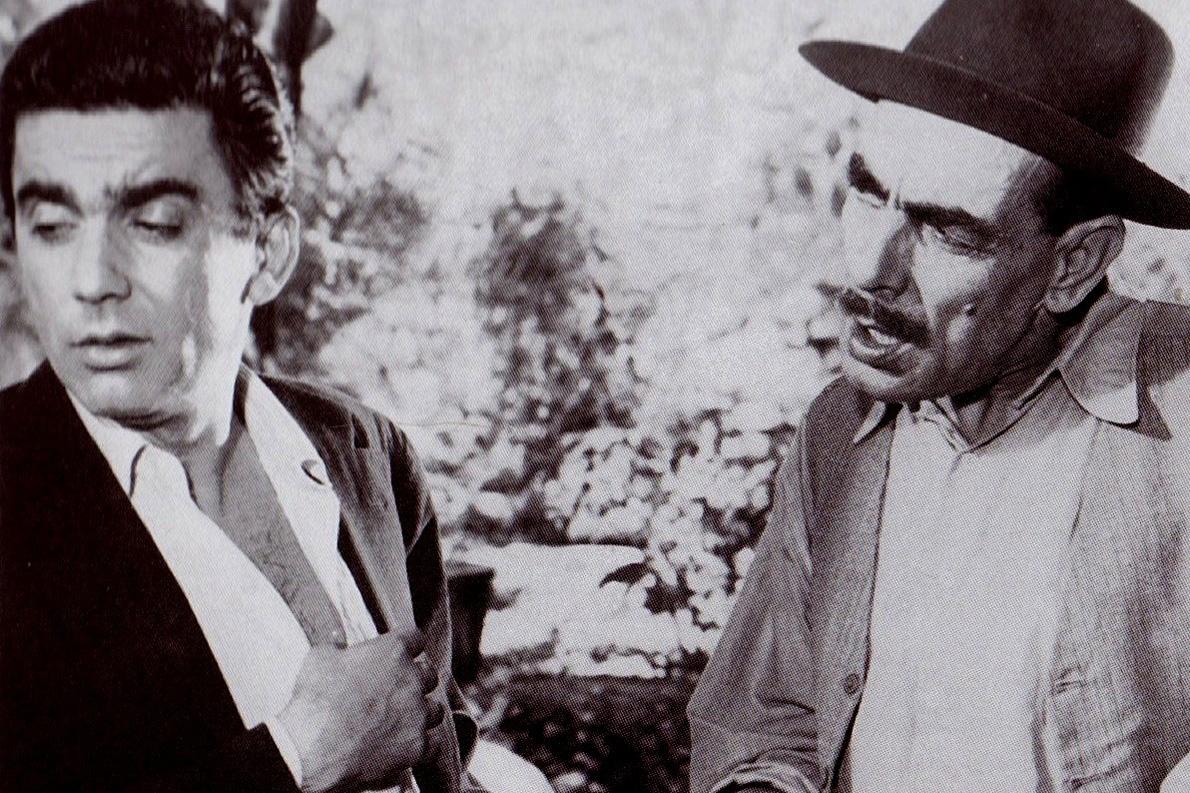 Ο Νίκος Φέρμας με τον Τάκη Χορν. («Μια Ζωή την Έχουμε» του Αλέκου Σακελλάριου, 1958).
