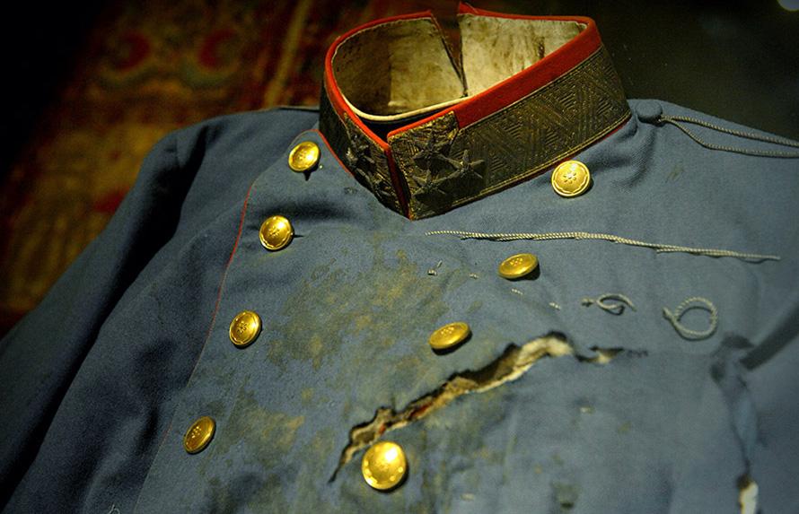 Το ματωμένο πουκάμισο του Φραγκίσκου Φερδινάνδου εκτίθεται μόνιμα στο Μουσείο Στρατιωτικής Ιστορίας, στην Βιέννη.
