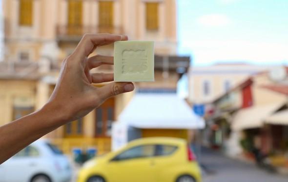 Business -με μυρωδάτο σαπούνι- στην Αίγινα, για μια πιο ανθρώπινη ζωή…