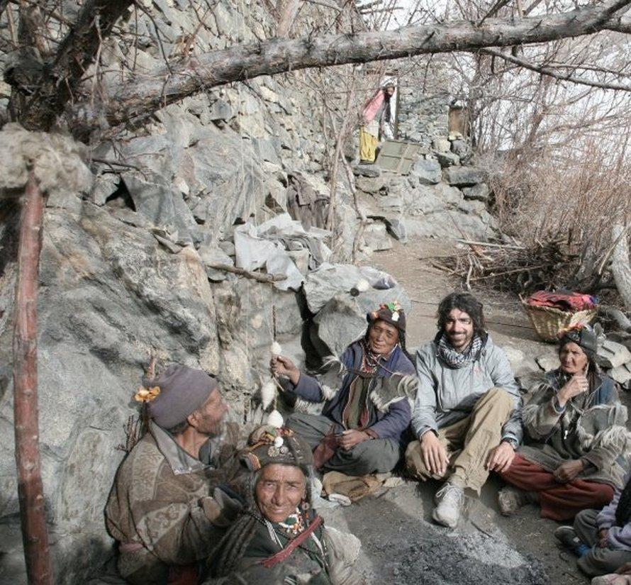 Στο Χανού Γιοκμά, περίπου 40 χιλιόμετρα από τα σύνορα του Πακιστάν με την Ινδία. Ήμουν ο πρώτος ξένος που φιλοξενήθηκε εκεί!
