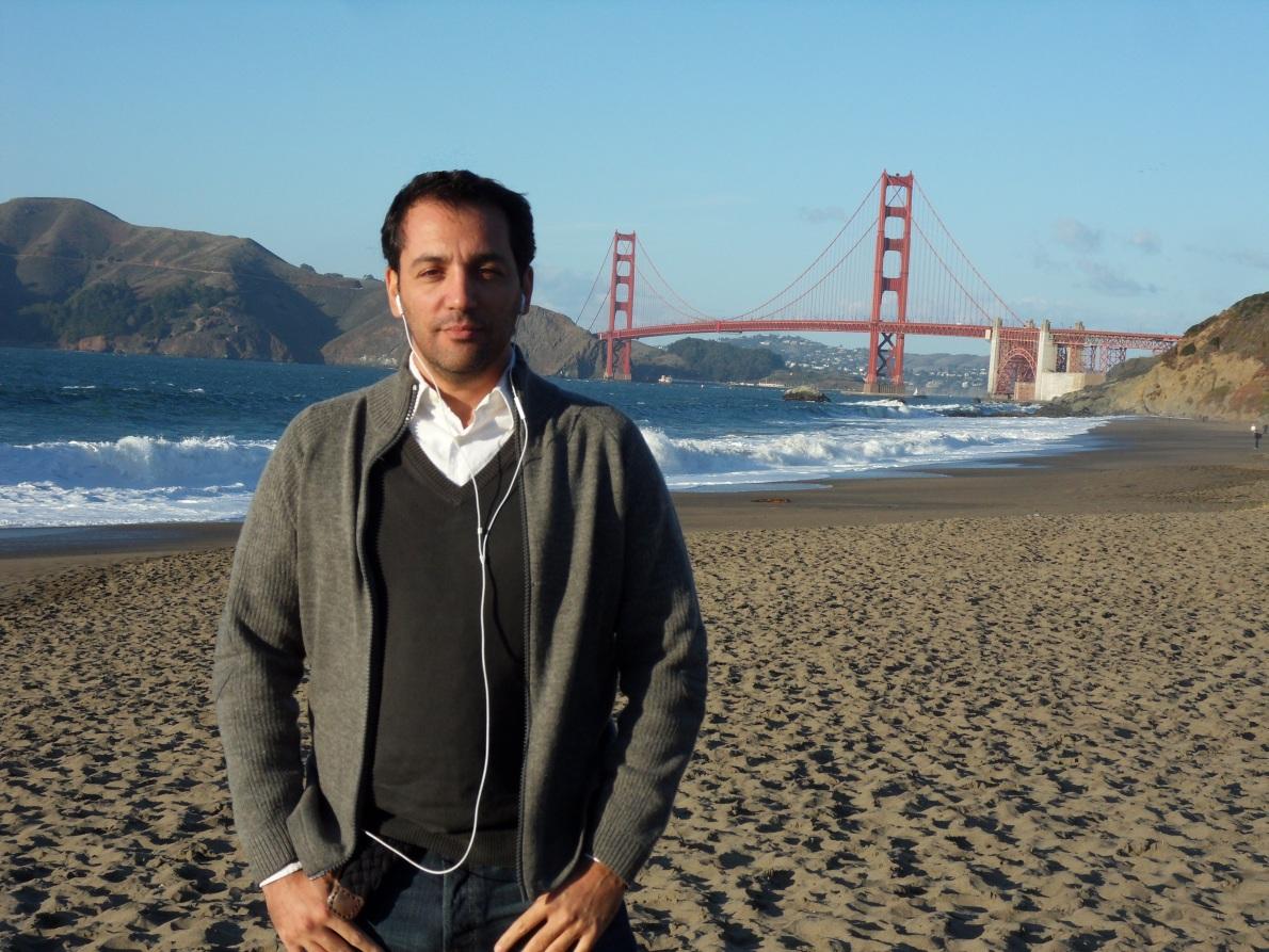 Η γεφυρα Golden Gate σε μια απο τις παραλίες του San Francisco