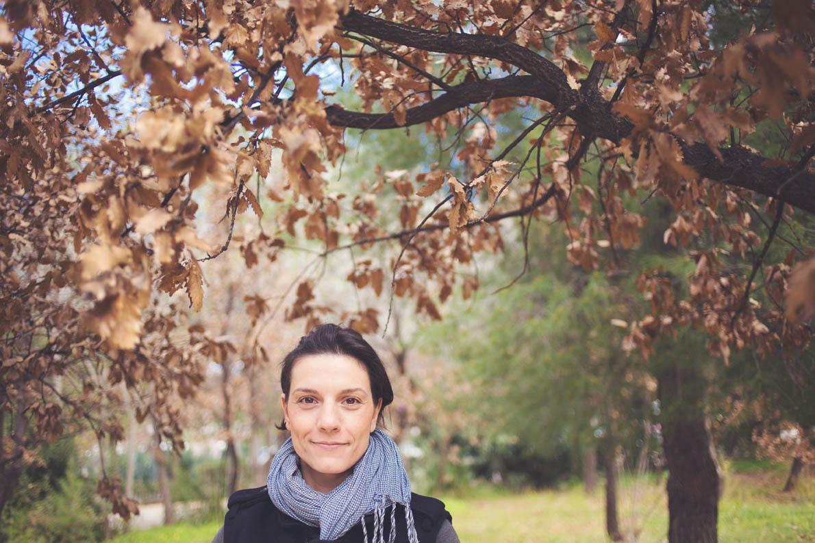 Η Κρυστάλλη Γλυνιαδάκη φωτογραφημένη από την Μόνικα Κρητικού στο Άλσος Στρατού.