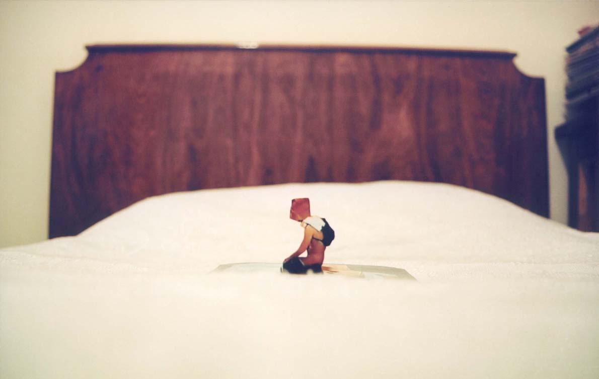 Φιγουρες white bed  6c6bf437016