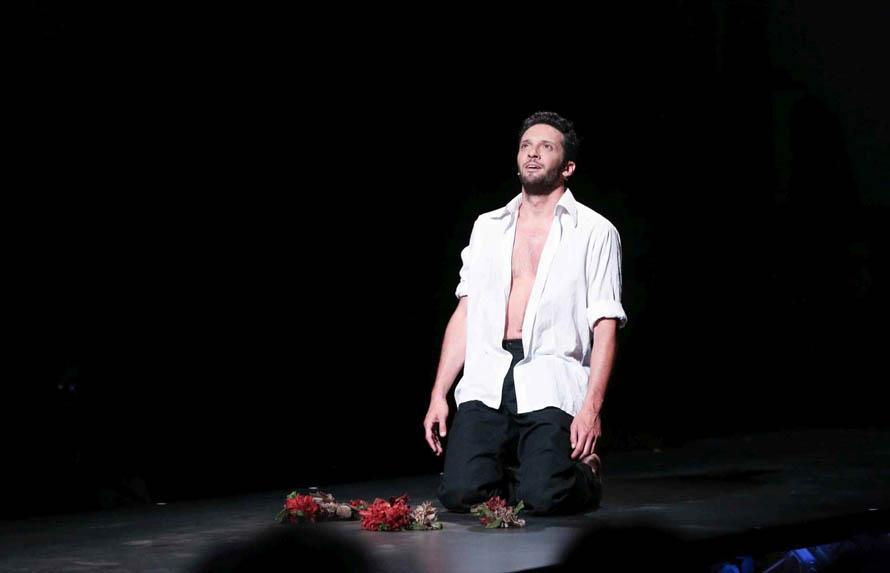 Δημήτρης Μοθωναίος, από την παράσταση ΑΧ