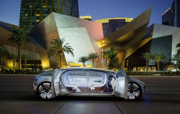Mercedes-Benz F015: Χωρίς οδηγό στις λεωφόρους του μέλλοντος