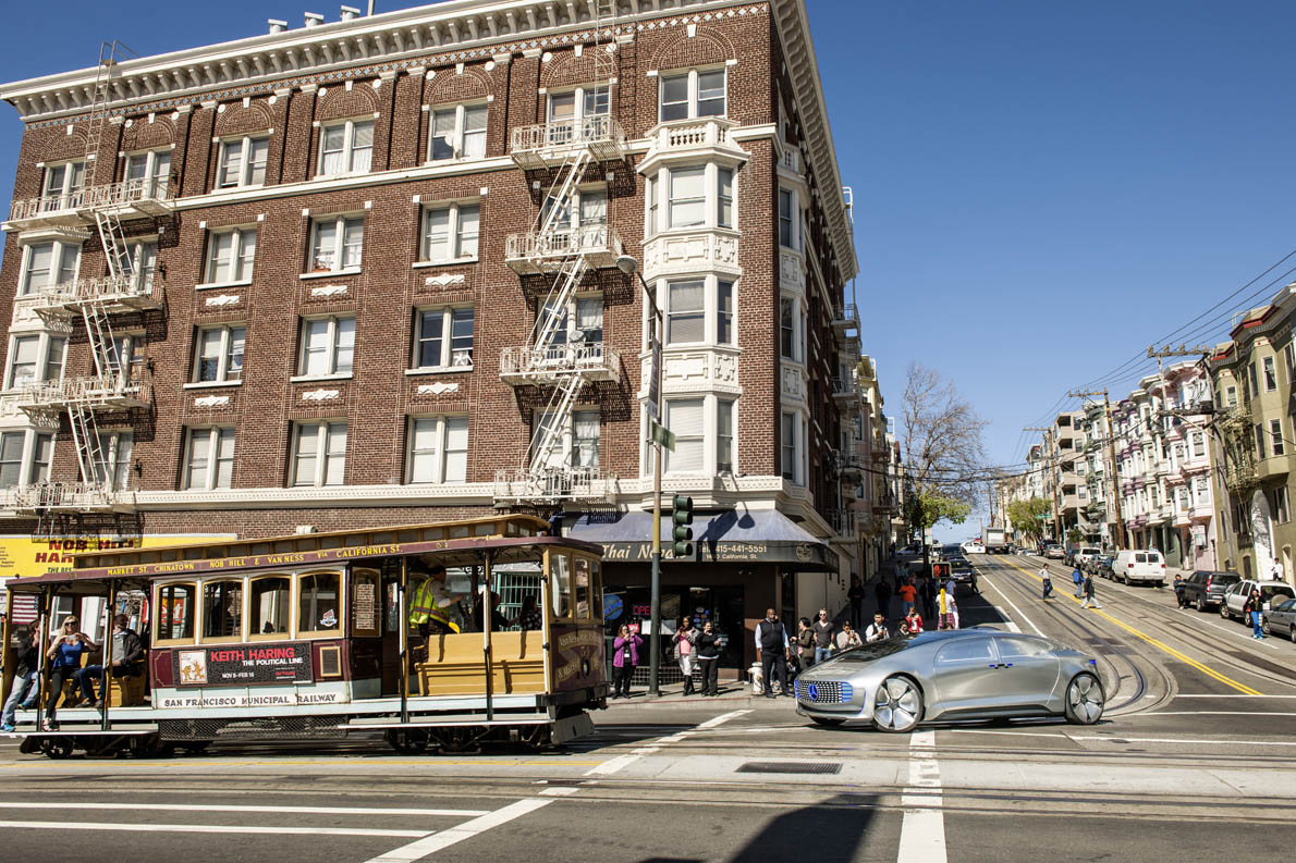 Mercedes-Benz F 015 Luxury in Motion in San Francisco; Die Vision: Mehr Lebensqualität für alle Stadtbewohner; The vision: greater quality of life for all city dwellers