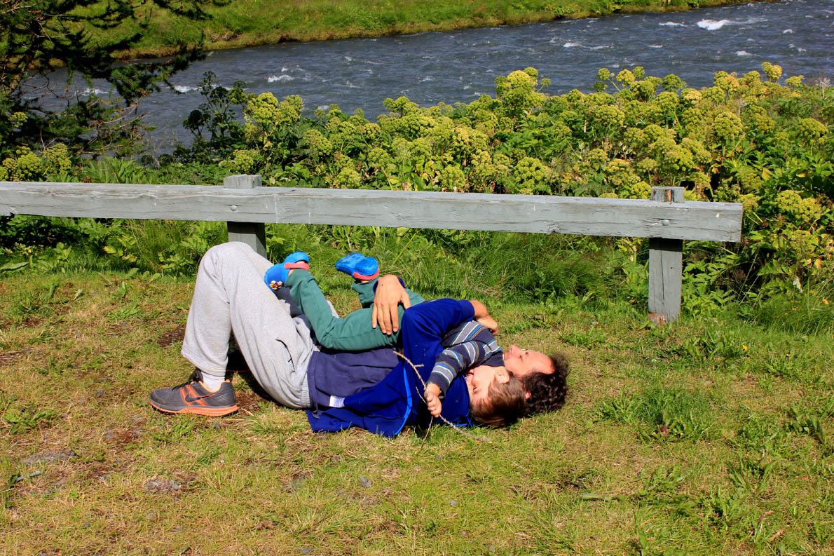 «Η πατρότητα είναι καλύτερη απ' ό,τι περίμενα! Τώρα πια μπορώ να πω με ευκολία σ' έναν φίλο μου ''ζήσε την!''». (Στη φωτογραφία Iceland July 2014 3,5 years old 4)