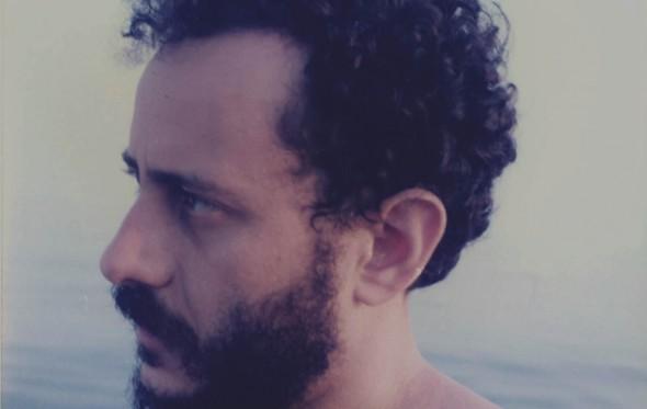 Γιώργος Βέης: «Τα παιδικά μου καλοκαίρια στη Σάμο»