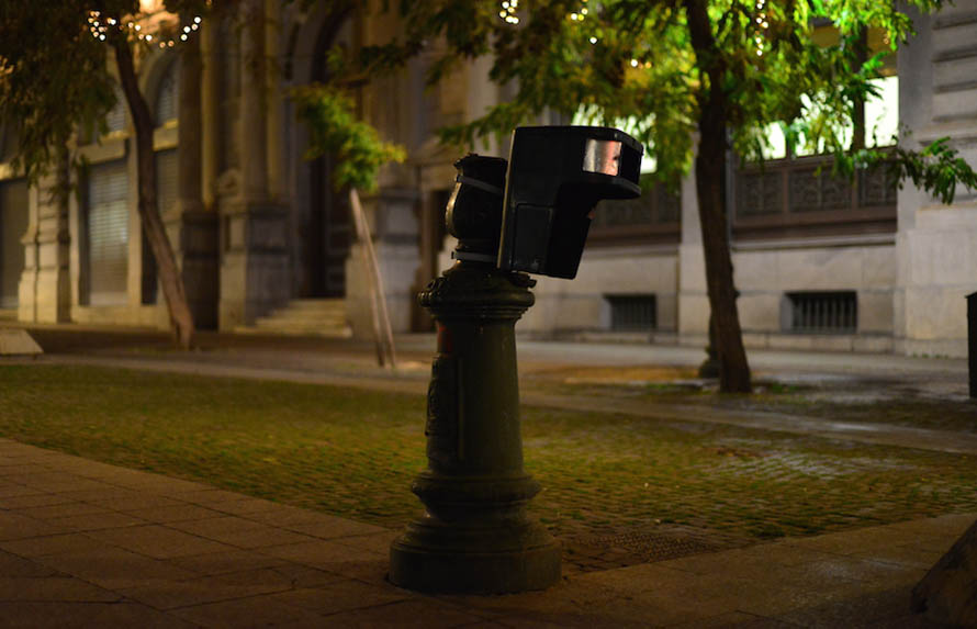 DISJUNCTION 6 Lamppost and garbage bin outside the Athens City Hall