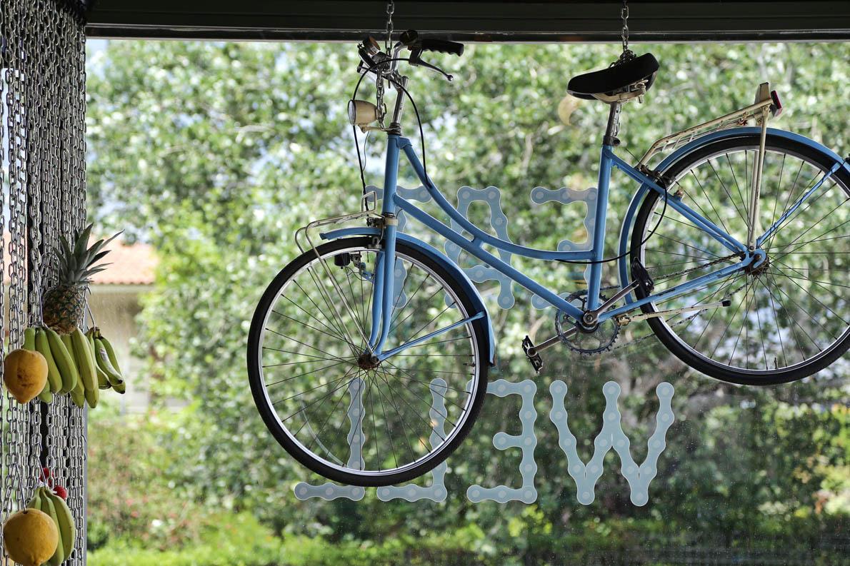 Βασικός πρωταγωνιστής εδώ είναι και το ποδήλατο. Αν το πάρεις μαζί σου θα «γευτείς» και τις ειδικές προσφορές που έχουν.