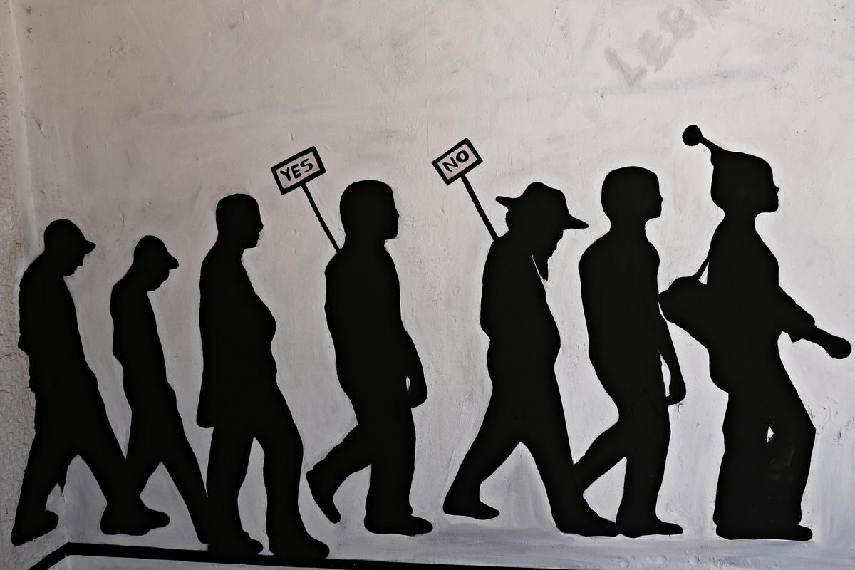 Street Art στην Αθήνα με θέμα το δημοψήφισμα. Φωτογραφία: Αlexandros Μichailidis/sooc