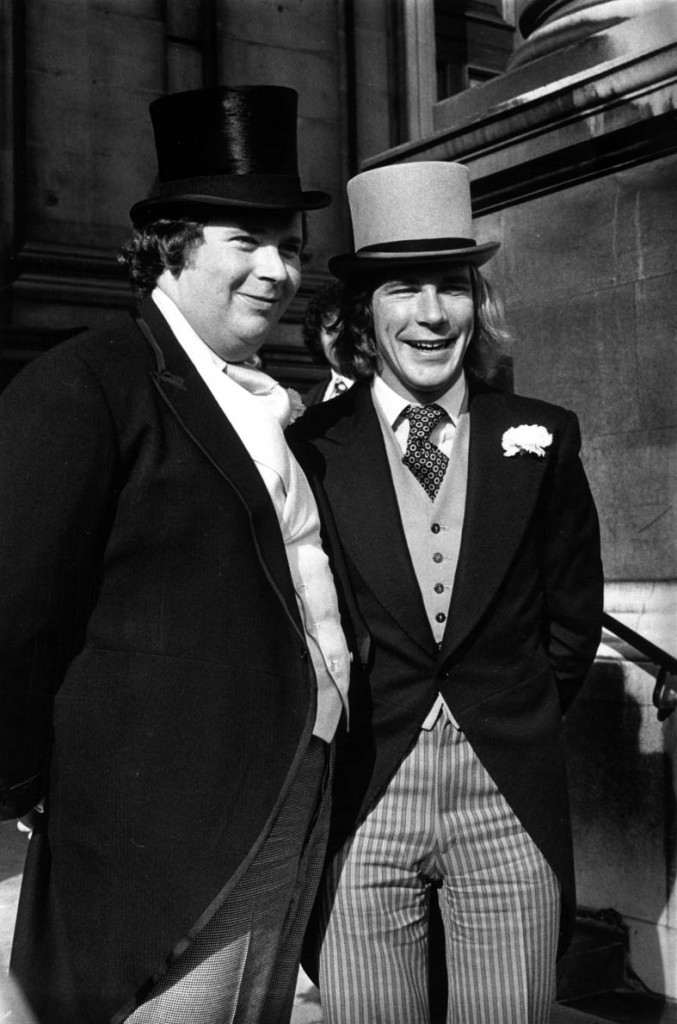 19th October 1974: British racing driver James Hunt (1947 - 1993) at his wedding with his best man Lord Hesketh. (Photo by Evening Standard/Getty Images)