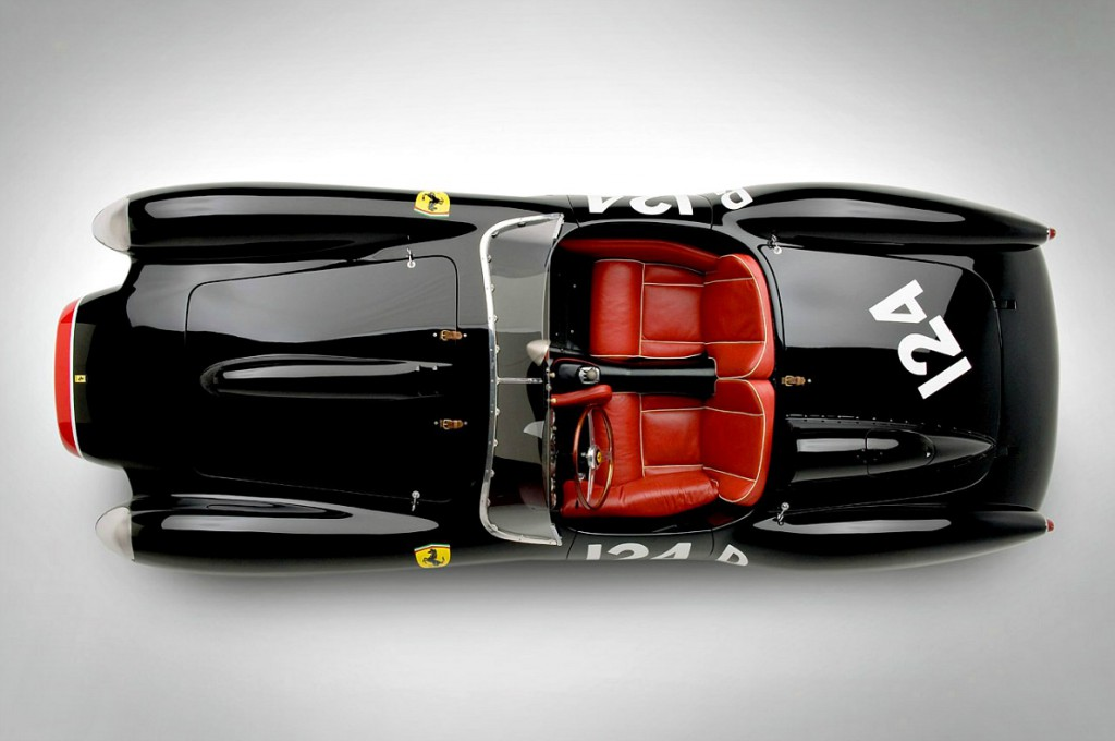 Ferrari Testa Rossa gia anoigma