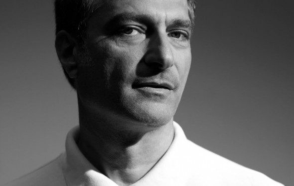 """Γιώργος Κουμεντάκης: """"Άφησα τις φοβίες μου και τώρα αισθάνομαι λυτρωμένος"""""""