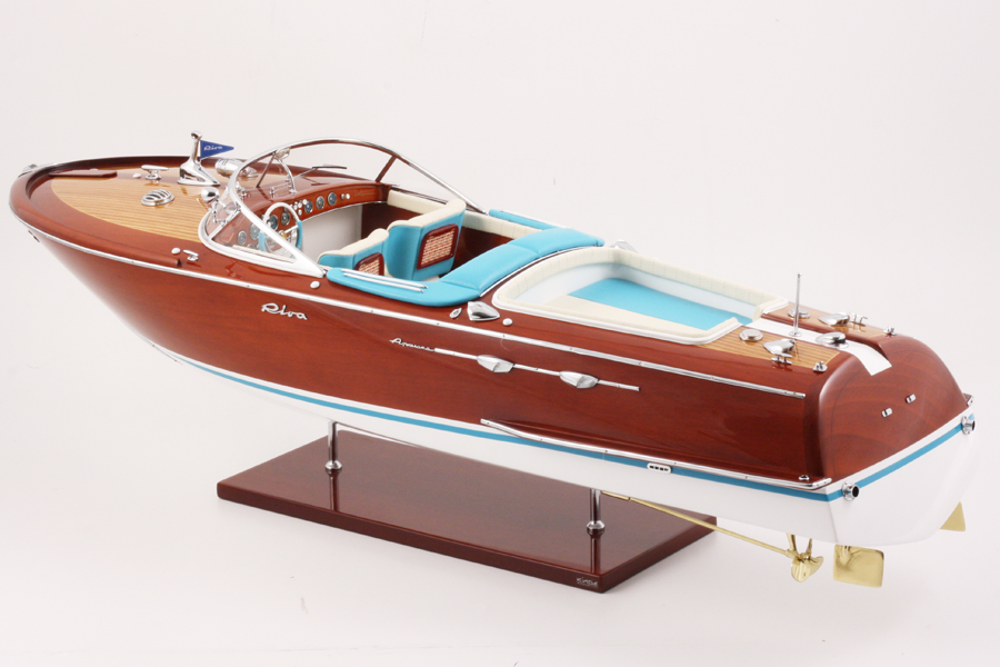 Riva-Aquarama-blue_white-4-Kiade