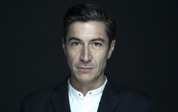 Γιάννης Σεργάκης: «Το στυλ είναι ο πιο άμεσος και αληθινός τρόπος επικοινωνίας»