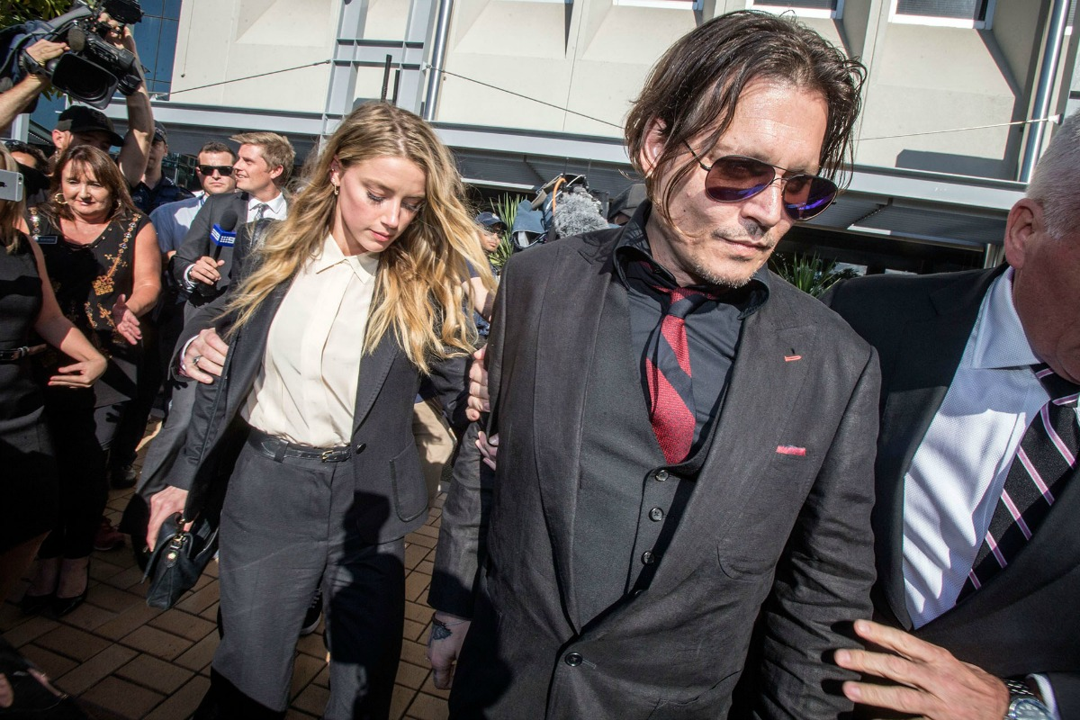 Amber-Heard-and-Johnny-Depp-_glamour_18apr2016_pa-bb