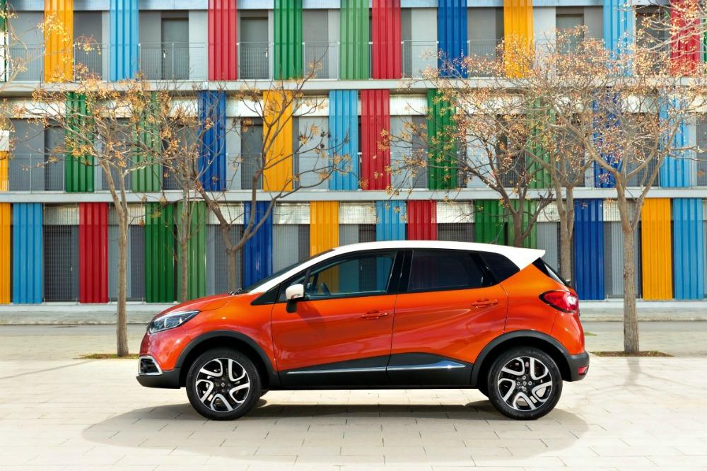 Renault Captur side