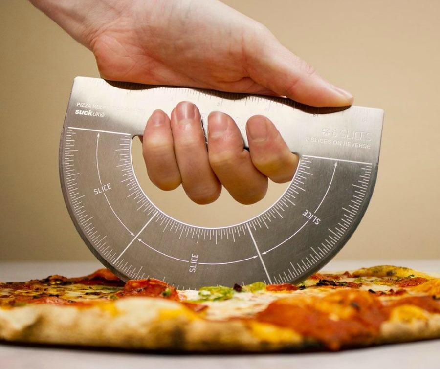 12. cadeau-fete-des-peres-un-coupe-pizza-rapporteur_5604999