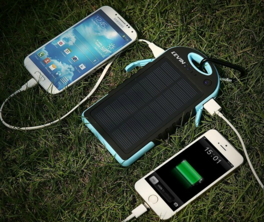 2. chargeur-solaire-600x600