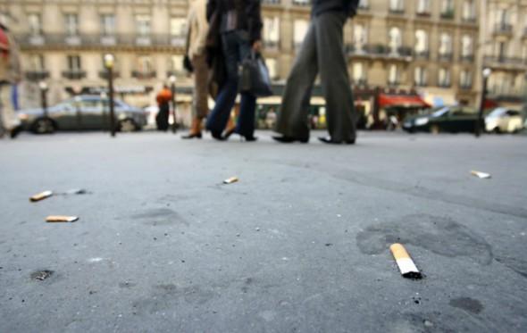 Δημοτική αστυνομία «καλών τρόπων» οργανώνεται στο Παρίσι