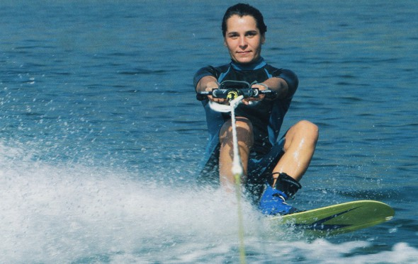 Αγγελική Ανδριοπούλου: Παίζοντας με τα κύματα!