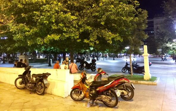Πλατεία Συντάγματος: Το Νέο Μoto Parking της Αθήνας