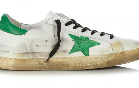 Εσύ θα έδινες 350 ευρώ για παπούτσια που μοιάζουν χρησιμοποιημένα;