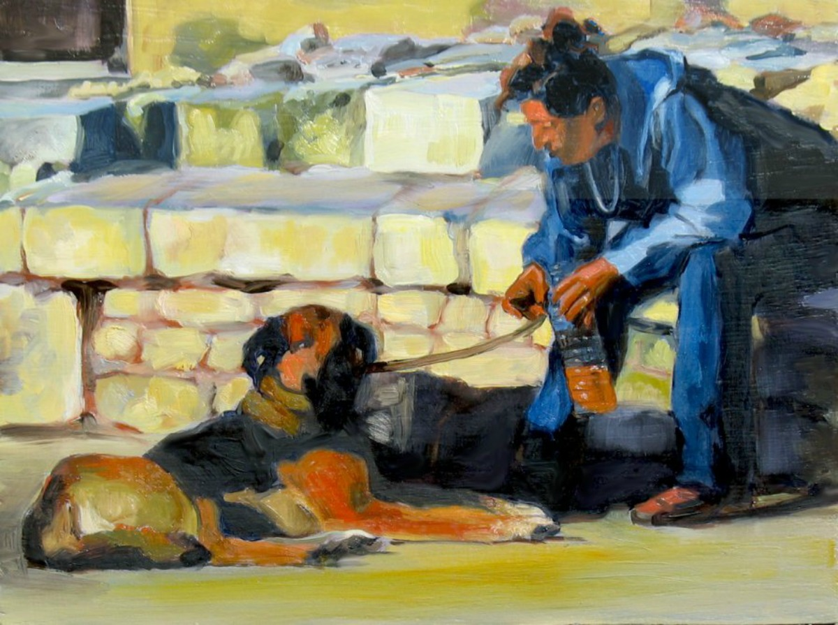 2-person-sitted-with-her-dog-rtp
