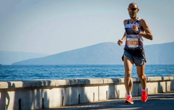 Χάρης Κωνσταντινίδης: «Το τρέξιμο είναι καθημερινό και απαραίτητο όσο το φαγητό και ο ύπνος»
