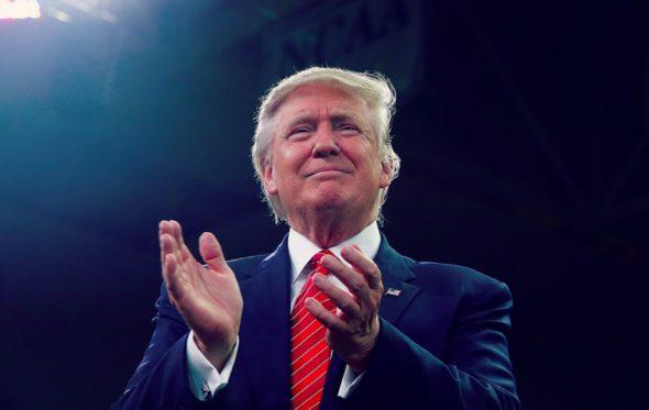 «Σοβαρά, στηρίζεις Τραμπ;»