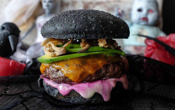Τρομακτικές γεύσεις με άρωμα Halloween στα Burger Joint