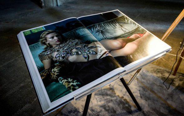 Oι γυναίκες της Annie Leibovitz: Μια έκθεση υπό φακό ευρυγώνιο