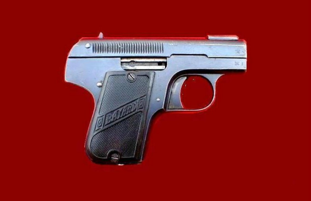 3-pieper_bayard_pistol_used_by_kostas_karyotakis_to_commit_suicide