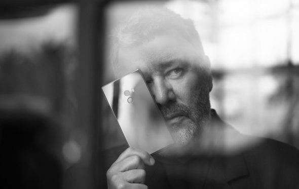 Ο Philippe Starck σχεδίασε το πρώτο του smartphone