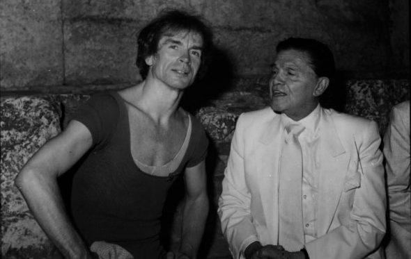 Καλοκαίρι στην Ελλάδα με τον Ρούντολφ Νουρέγιεφ και τον Αλέξανδρο Ιόλα