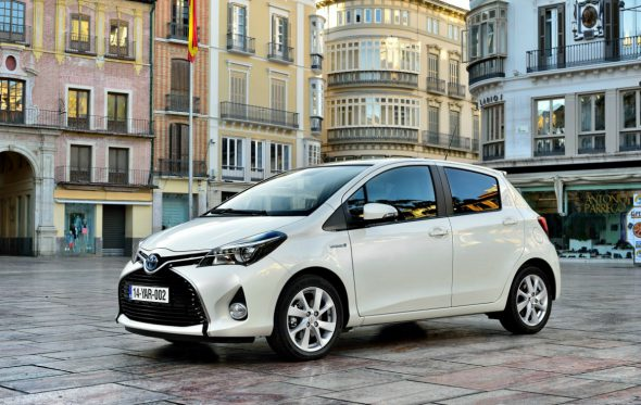 Driven: Toyota Yaris Hybrid (κι οι αγρότες από τη Nagoya)
