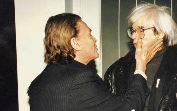 O Andy Warhol, ο Αλέξανδρος Ιόλας και η Ελλάδα