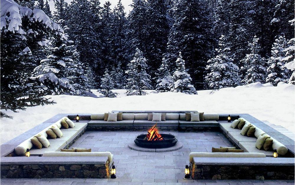 9-chedi-andermatt_dining_outdoor-courtyard_winter_v-1-1