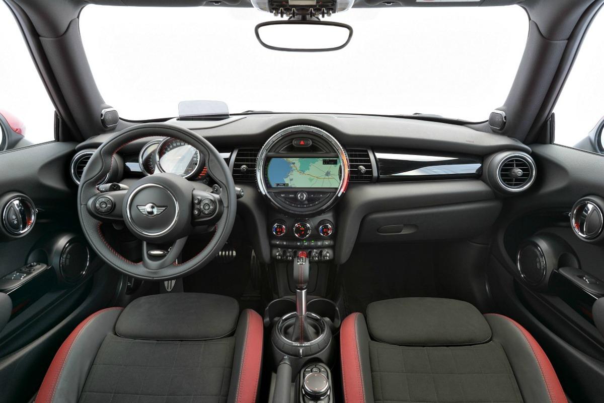 mini-jcw-interior