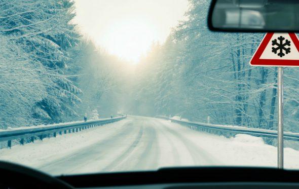 10 συμβουλές για οδήγηση σε χιόνι και πάγο