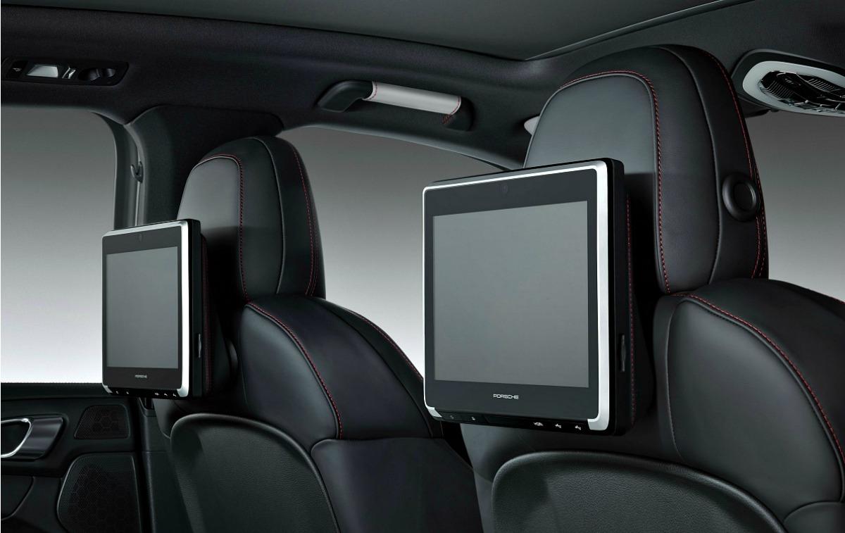 Porsche Macan interior rear