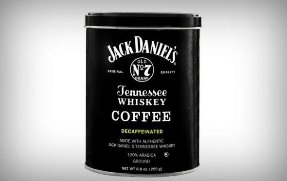 Πρωινό ξύπνημα με μια κούπα Jack Daniel's γίνεται;