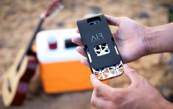 AirSelfie: Αυτή είναι η πιο μικρή drone camera για το κινητό σου
