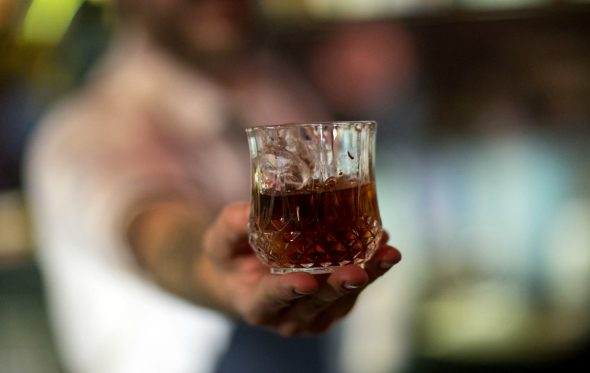 Zacapa Coffee Old Fashioned: Αυτό είναι το cocktail του πρώτου Artisans event
