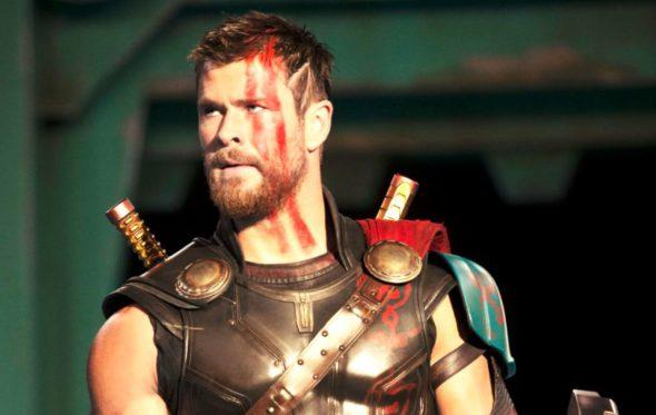 Το πρώτο trailer του «Thor: Ragnarok» δεν έχει κανένα νόημα. Για αυτό είναι τέλειο!