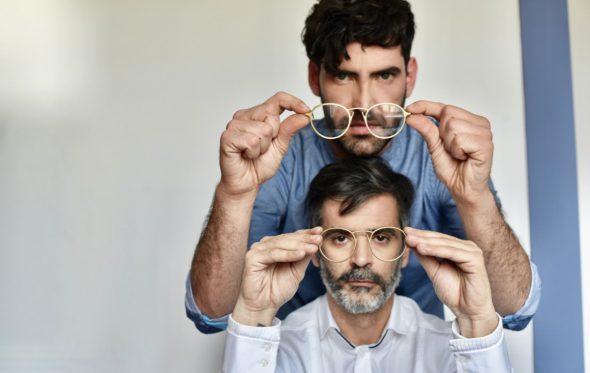 Οι δύο Έλληνες που έφτασαν με τις δημιουργίες τους στο design shop του Λούβρου